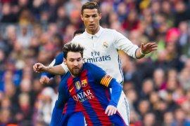 Messi dan Ronaldo main bareng? kenapa  tidak
