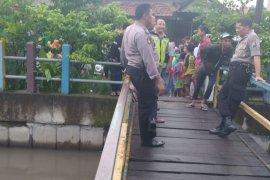 Tiga anak tenggelam di Sungai Pucang Sidoarjo belum ditemukan, pencarian terus dilakukan