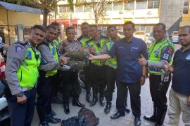 Polisi amankan empat kilogram ganja saat razia lalu lintas di depan gedung DPR Aceh