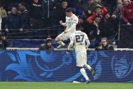 Piala Prancis, Houssem Aouar antar Lyon ke semifinal