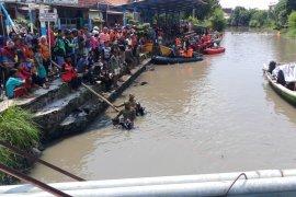 Satu lagi korban tenggelam di Sungai Pucang Sidoarjo ditemukan (Video)