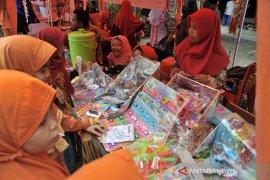 Enterpreneur day SDIT Al Furqon Palembang Page 2 Small