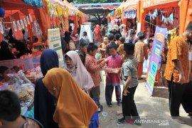 Enterpreneur day SDIT Al Furqon Palembang Page 4 Small