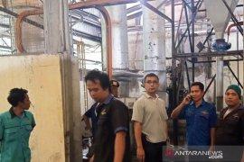 Mesin boiler pabrik getah di Dharmasraya terbakar