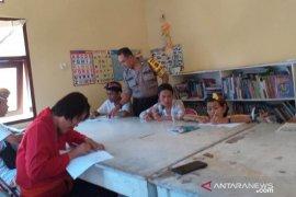 Bhabinkamtibmas Gianyar edukasi kaum disabilitas