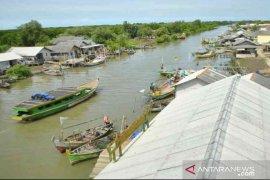 Nelayan Muaragembong Bekasi minta dibangun SPBU biosolar