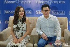 Shandy Aulia lahirkan bayi perempuan dengan operasi sesar