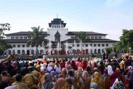 Gedung Sate dibuka untuk umum pada Sabtu dan Minggu