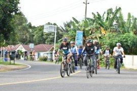 Gubernur Natak Kampung di Belitung