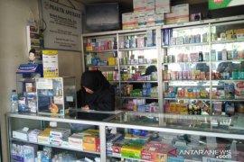 Stok masker di sebagian besar apotek di Cianjur kosong