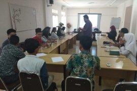 Aji Bandarlampung-PKBI beri pelatihan HKSR bagi jurnalis