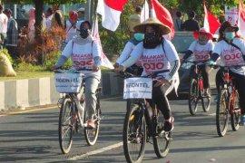Warga Banyuwangi aksi kayuh sepeda temui Gubernur Jatim untuk tolak tambang emas