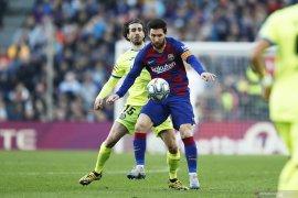 Puyol:  Messi masih bisa bermain hingga 38 tahun