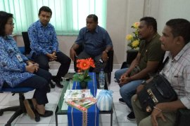 BPOM Maluku uji sampel beras mengandung plastik di Masohi