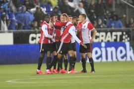 Feyenoord posisi ketiga klasemen setelah taklukan PEC Zwolle dalam drama tujuh gol bawa