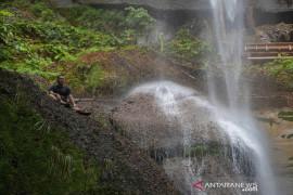 Air terjun Batu Tilam, destinasi wisata tersembunyi di Kampar Riau