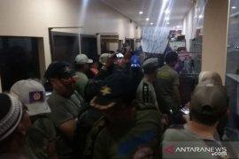 Satpol PP Banjarmasin lakukan unjuk rasa di kantor BKD
