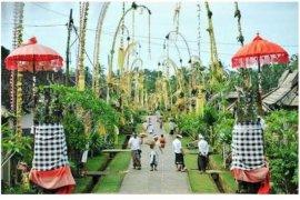 PLN Bali minta warga tak pasang penjor dekat jaringan listrik