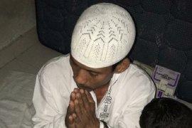 Polisi bawa bapak bunuh anak kandung dengan Al-Qur'an ke rumah sakit jiwa