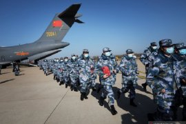 China laporkan lagi 98 kematian akibat virus corona, total 1.868 meninggal
