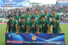 Babak pertama, Persebaya vs Arema FC 2-1