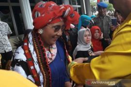 Bupati titip pesan penegerian Universitas Gajah Putih ke Susi Pudjiastuti