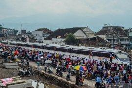 Dirut PT KAI: Reaktivasi kereta api Cibatu-Garut kado hari jadi Garut