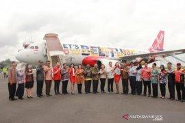"""Maskapai Air Asia luncurkan pesawat """"livery"""" Belitung"""