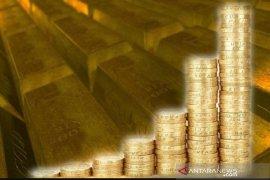 Emas naik untuk sesi ke-5 berturut-turut, bertahan di atas 1.600 dolar