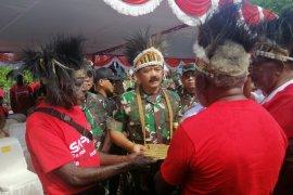 Panglima TNI terima hibah lahan dari Suku Kamoro untuk bangun Markas Kogabwilhan III