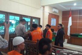 Tiga kurir pengiriman 231 kg ganja dituntut hukuman mati