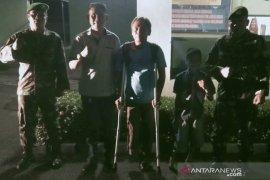 Dandim Nias bantu penyandang disabilitas  dapat kaki palsu