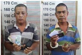 Polisi Besitang Langkat tangkap dua petani pelaku perjudian togel