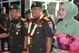 Pangdam I/BB sampaikan penghargaan dedikasi Brigjen TNI Untung