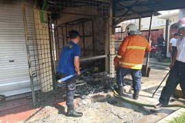 Empat unit kios di pasar sakti Tebing Tinggi terbakar