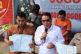 Polda Jatim amankan ratusan blangko dokumen palsu untuk pilkada