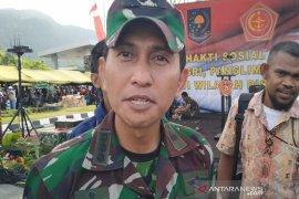 Warga Mewuluk, Papua, rampas senjata api SS 1 milik TNI AD