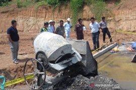 Pekerja PT PMS Bengkulu Tengah tewas tersengat listrik
