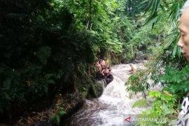 Ratusan siswa di Sleman terseret banjir saat kegiatan Pramuka