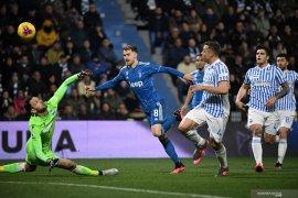 Ronaldo cetak gol ke 1000 saat bantu Juventus lumat SPAL