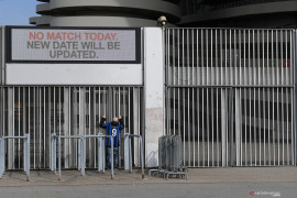 Sejumlah pertandingan  sepak bola Italia akan dimainkan tanpa penonton