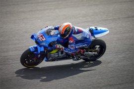 Dua pebalap Suzuki puncaki hari pertama tes pramusim di Qatar