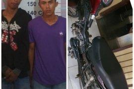 Dua tersangka pencuri sepeda motor di Secanggang Langkat diringkus polisi