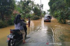Warga minta BBWS Citanduy normalisasi sungai atasi banjir Sukaresik di Tasikmalaya
