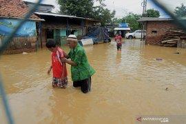 Banjir makin luas rendam pemukiman warga di Bekasi
