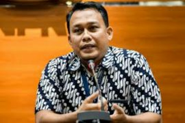 KPK perpanjang masa tahanan Bupati Bengkalis nonaktif Amril Mukminin