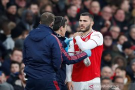 Bek Arsenal Sead Kolisnac alami cedera bahu serius