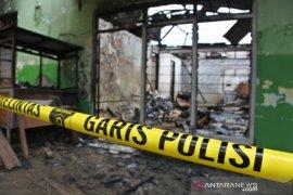 Sebuah panti pijat di Kupang terbakar, penghuni berhamburan