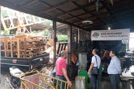 Suparma bantu IKM pembuatan tahu Sidoarjo bahan bakar kayu