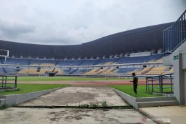 Pemkot Bandung berharap Persib merumput di Stadion GBLA